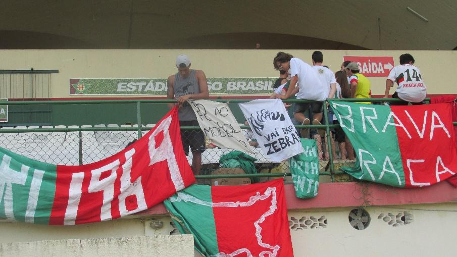 Brava Raça Lusitana no estádio da Portuguesa. Foto Leda Costa